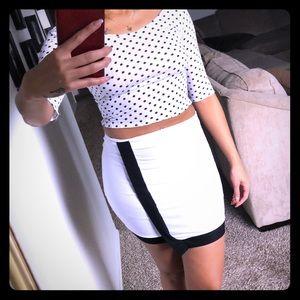 Dresses & Skirts - 🦢Bold look black & white cocktail skirt